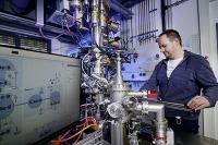 Ein Röntgen-Photoelektronen-Spektrometer analysiert den Lebenszyklus von Katalysatoren