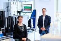 Weltweit erste große genomweite Studie - Forschungsteam findet Genvarianten für schweren Verlauf von Covid-19