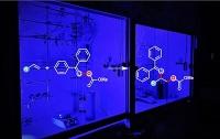 Chemikern gelingt Synthese von Amino-Alkoholen durch Licht