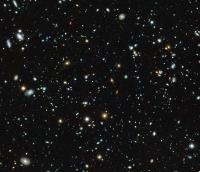 MUSE taucht in bisher unbekannte Tiefen des Hubble Ultra Deep Field