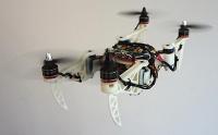 Neue faltbare Drohne fliegt durch enge Löcher zu Einsturzopfern